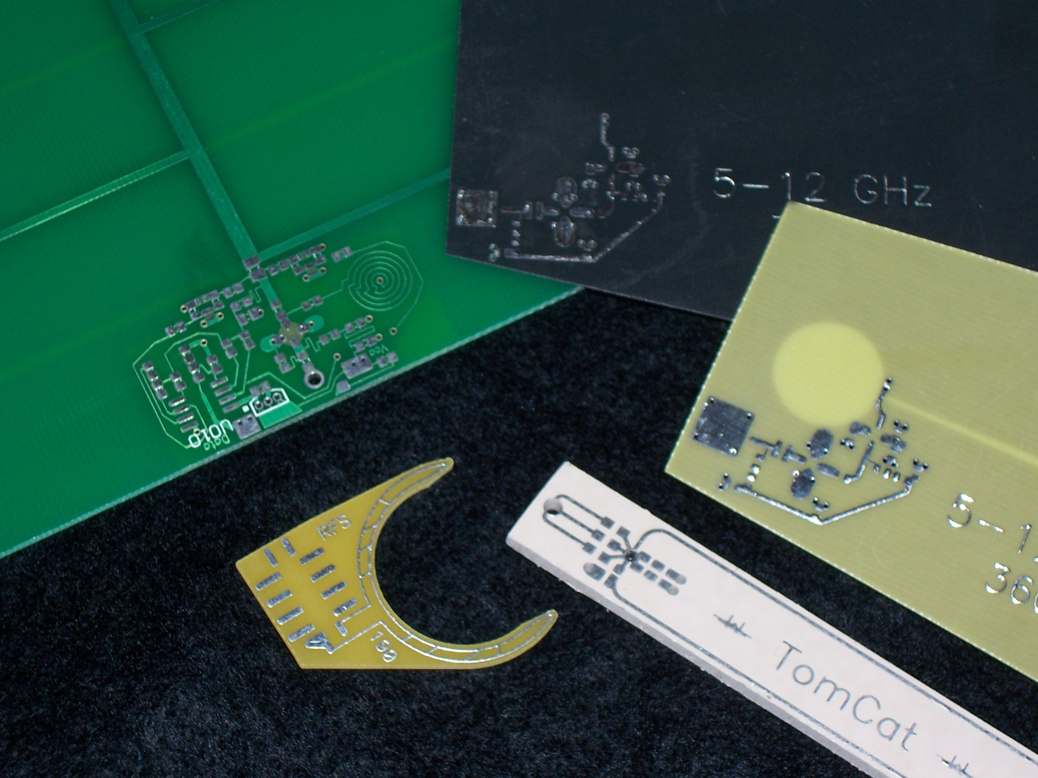 PCB antenna circuits, antenna artwork
